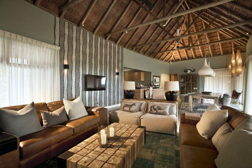 Mhondoro-Game-Lodge-Safari-South-Africa 4