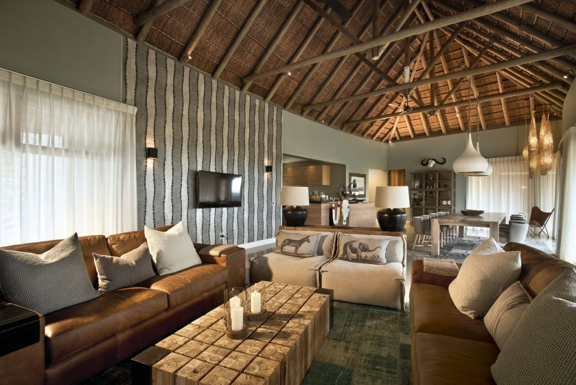 Mhondoro-Game-Lodge-Safari-South-Africa 4
