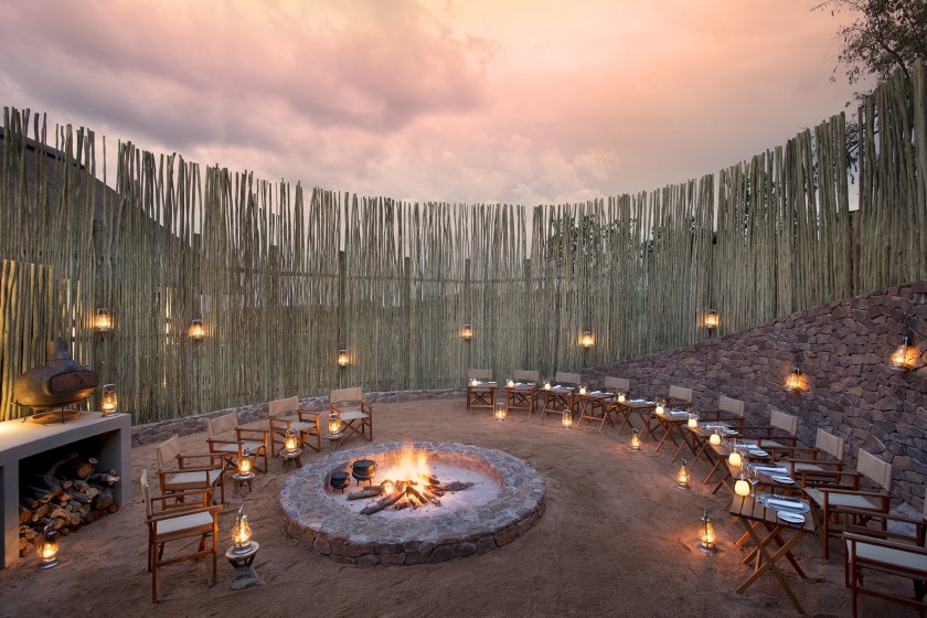Mhondoro-Game-Lodge-Safari-South-Africa 5