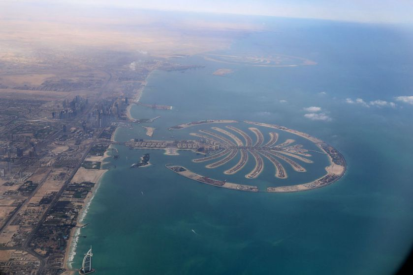 Dubai_Palm_Islands_from_the_air