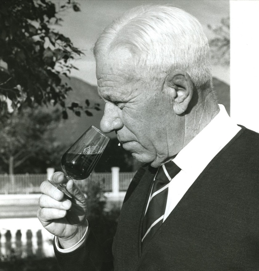 dr-charles-niehaus-founder-of-roodeberg-bw-hr