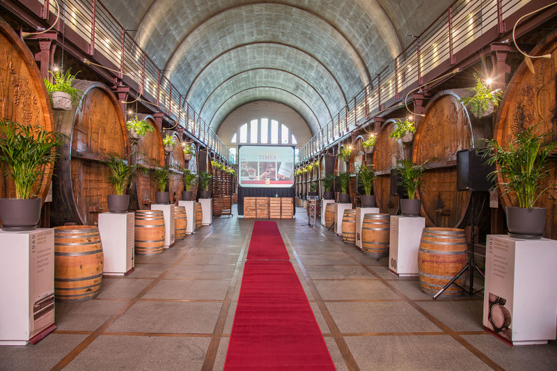 Roodeberg Cathedral cellar (3)